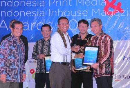 InMAAward.1 Foto Release Telkomsel Raih Indonesia Inhouse Magazine Award 2012