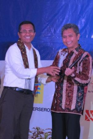 InMAAward.2 Foto Release Telkomsel Raih Indonesia Inhouse Magazine Award 2012